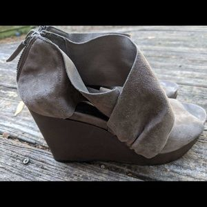 Eileen Fisher Suede Wrap Platform Shoes 7.5